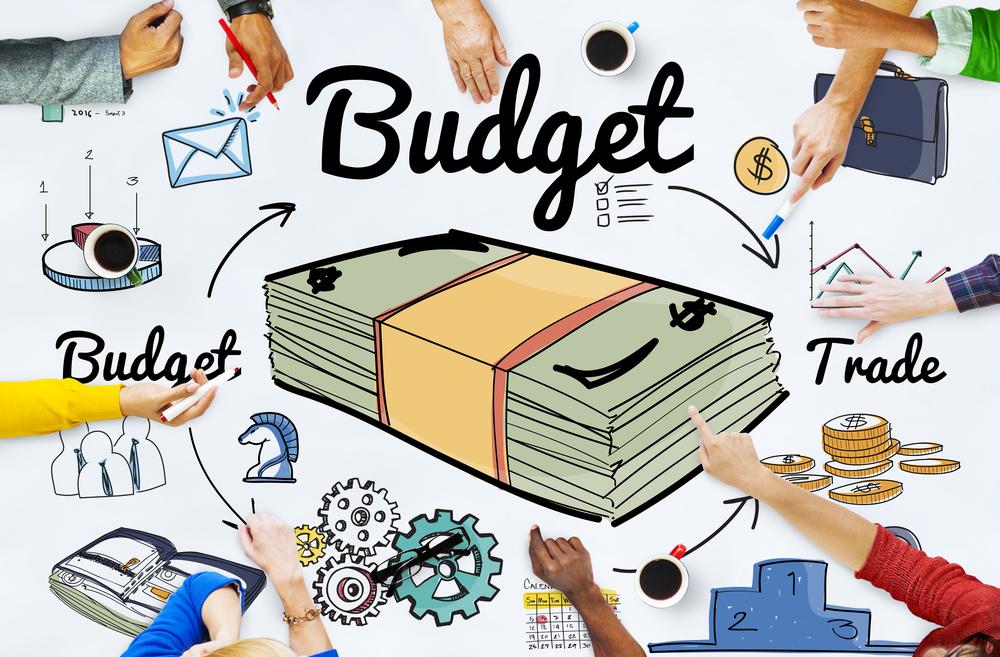 Šetrím, šetríš, šetríme – praktické tipy, ako ušetriť na výdavkoch